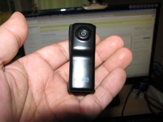 Камкордер Mini DV 80(s). Обзор