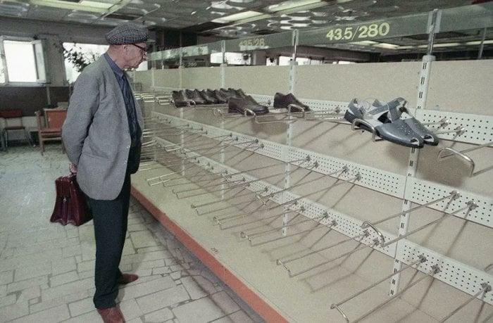 Обувной отдел в СССР. Середина 80х