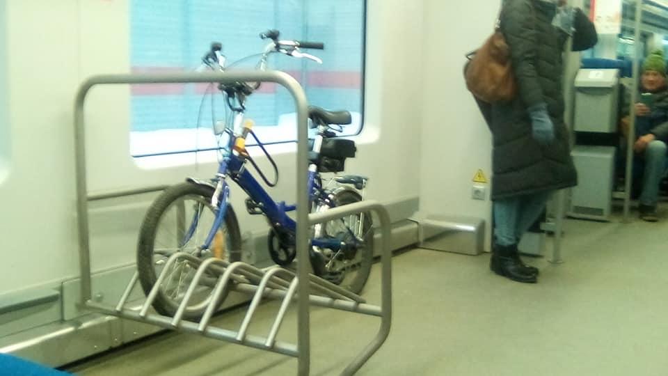 Электробайк в вагоне МЦК