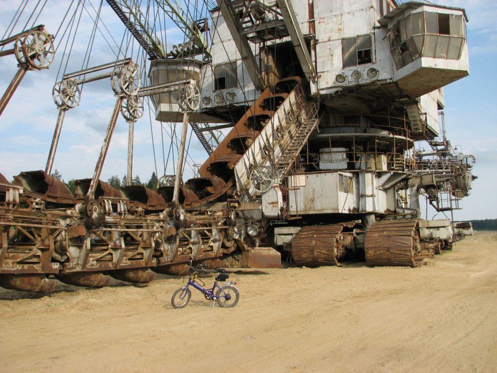 Электровелосипед на песке